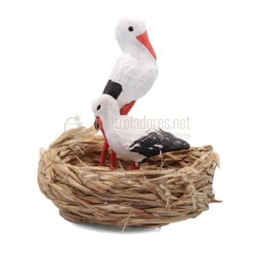 2 Cigüeñas en nido