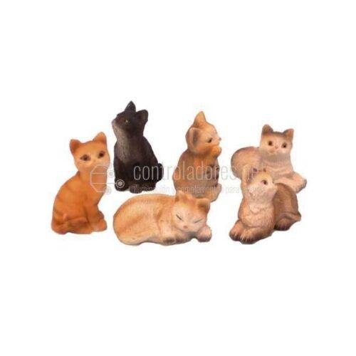 Gatos medianos 3 cm. (6und.)