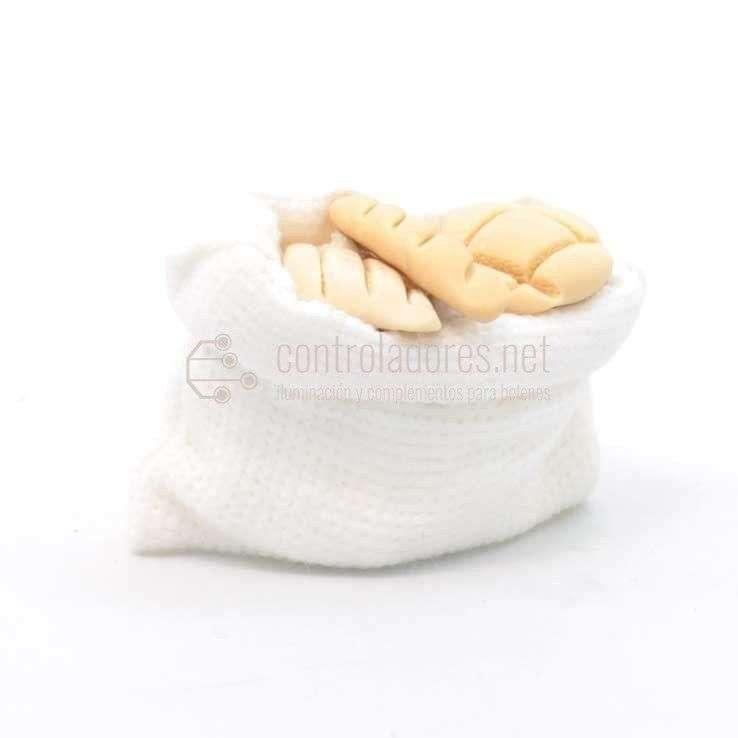 Saco blanco pequeño de panes