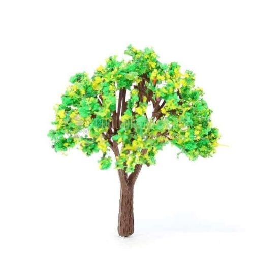 Árbol con flores amarillas