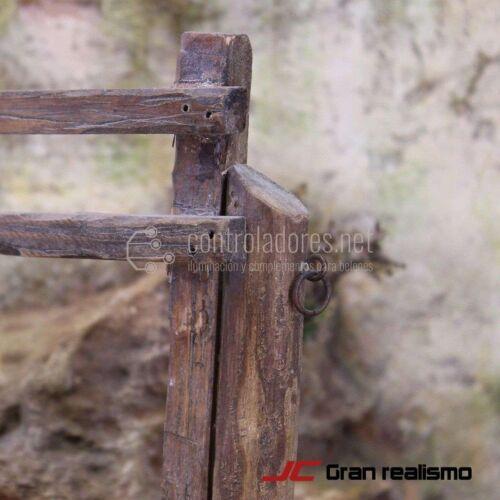 Valla de camino en madera de pino 25x14 cm