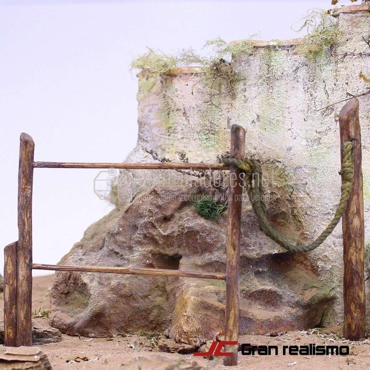Valla de camino en madera de olivo encordada 22x12