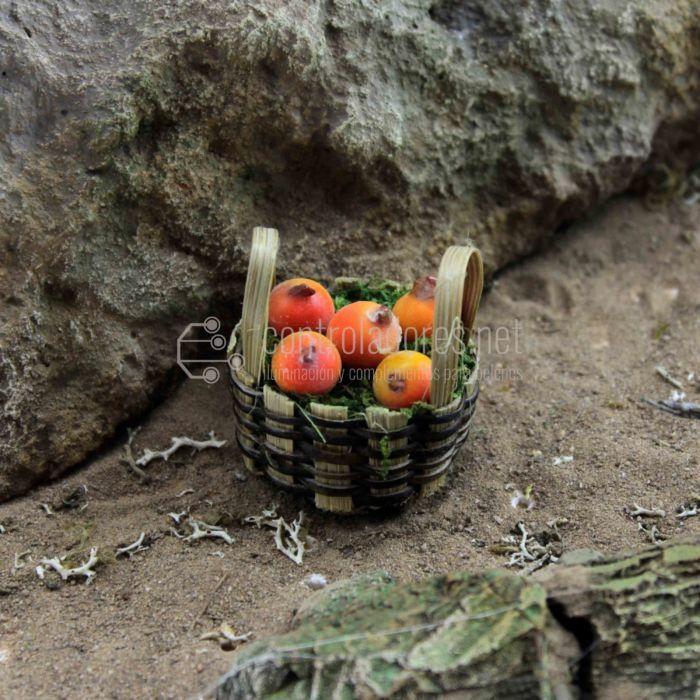 Cesta con fruta