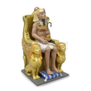 Faraón egipcio con trono