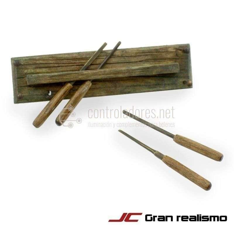 Gubias con soporte de madera