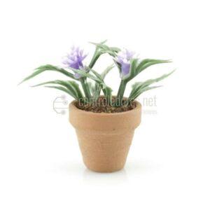 Mini vaso di fiori con fiore blu